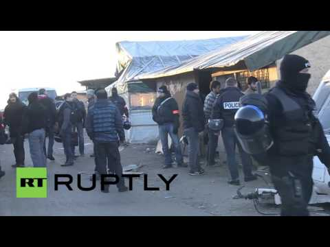France: Police carry out arrests at Calais refugee camp