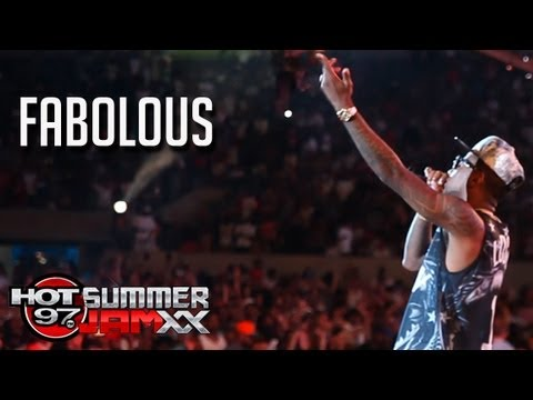 Fabolous Performs