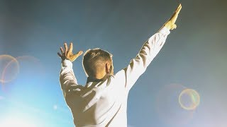 Armin van Buuren feat. BullySongs - Caught In The Slipstream (Live at The Best Of Armin Only)