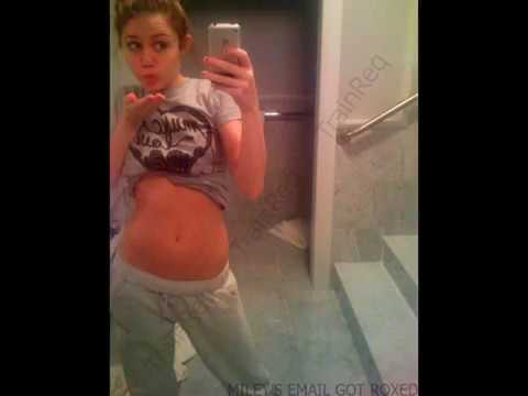 miley cyrus naked nude vagina pic