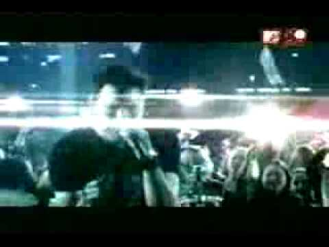 Trapt - Headstrong [official Music Video] video