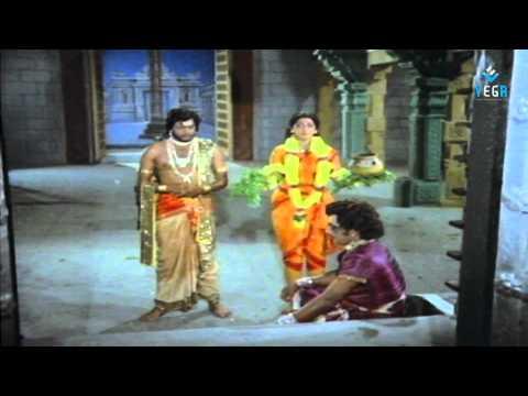 Deviyin Thiruvilayadal Tamil Full Movie.