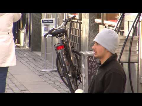 Sweden tackles youth unemployment through jobs guarantees