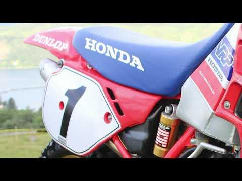 """Classic Dirt Bikes """"Honda CR250 Evolution Bike"""""""