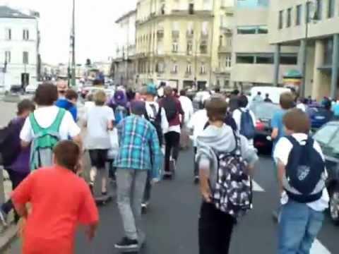 Dzień Deskorolki Warszawa 2011 - Przejazd przez miasto