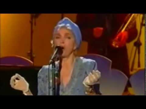 Mariangela Melato-In Cerca Di Te Live