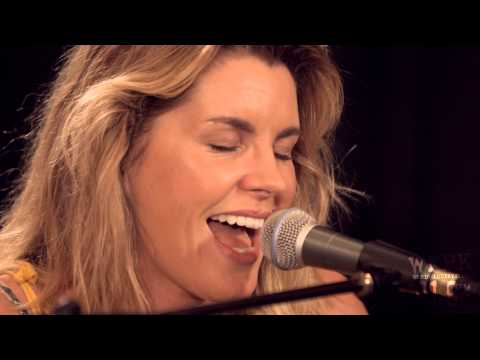 Grace Potter - Alive Tonight