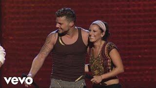 Watch Ricky Martin Tu Recuerdo video