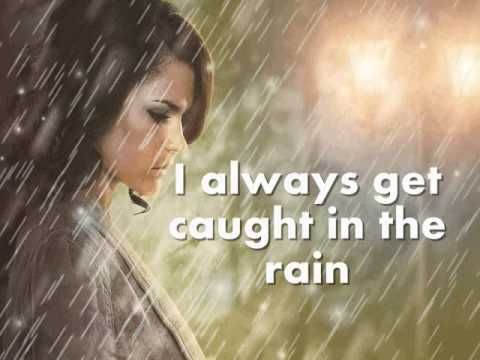 Dionne Warwick - I Always Get Caught In The Rain