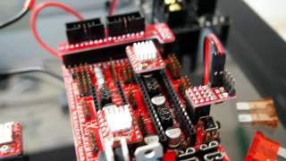 "HyperCube Evolution #8 - RAMPS 24v mod + ""It's alive"""