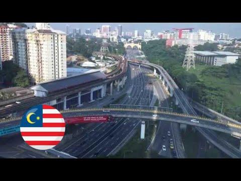 Rapid KL Universiti LRT Station and Federal Highway  Lebuhraya Persekutuan (01588)