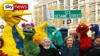 Big Bird puppeteer on Sesame Street dies aged 85