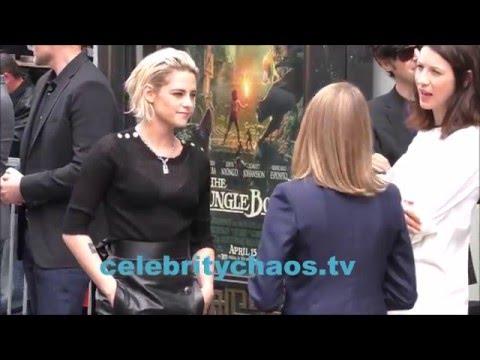 Actress Caitriona Balfe and Kristen Stewart talk with Jodie Foster