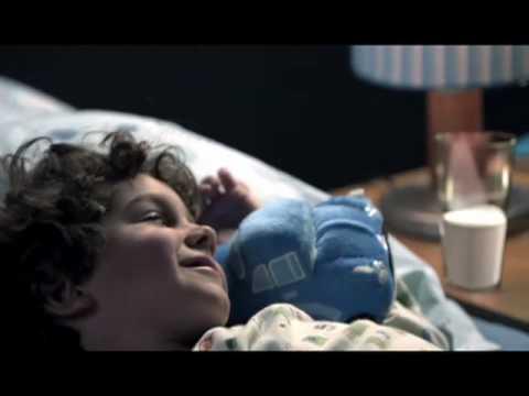 Cerelac - Versión: Una Y Otra Vez video