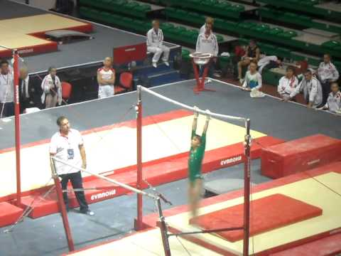 Victoria Komova AMAZING Bar Routine at Russian Cup