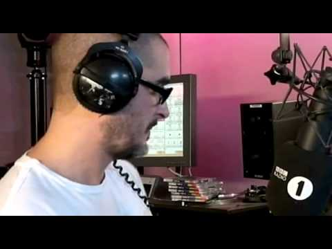 Zane Lowe vs Chris Moyles