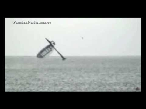 SailRocket boat crash at record speed