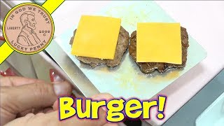 Miniature Cheeseburger & Fresh Potato Chips - American Hamburger!