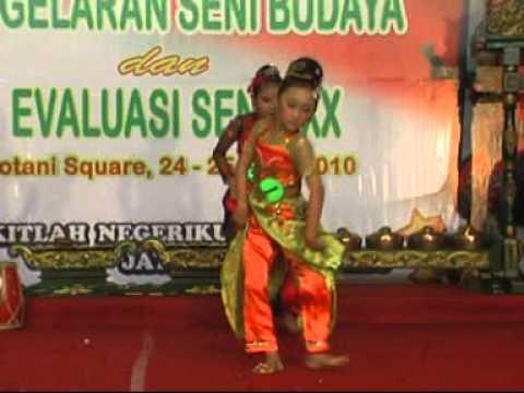 Jaipongan Sandrina lalanjung 2010