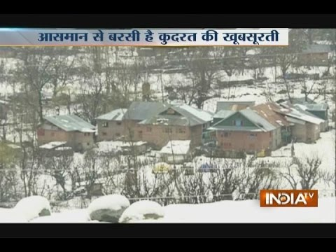 Kashmir Gets Covered-up with Snow, Tourists Enjoying the Weather