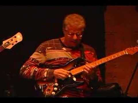 Mike Stern and Romero Lubambo live in Brazil
