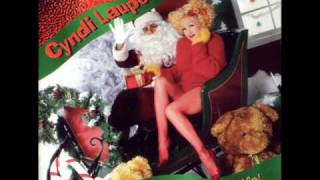 Watch Cyndi Lauper Early Christmas Morning video