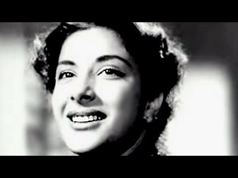 Nargis Dutt - Queen of Hearts