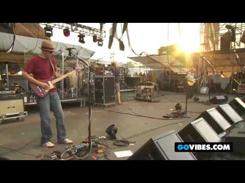 """moe. Performs """"Kids"""" at Gathering of the Vibes 2011"""