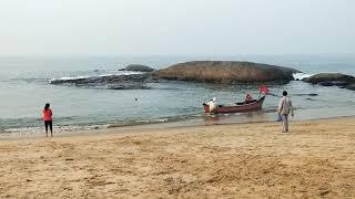 Fish Market by the sea at Someshwara beach, Mangalore