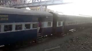 13008 Sri Ganganagar Howrah Udyan Abha Toofan Express moving at very high speed
