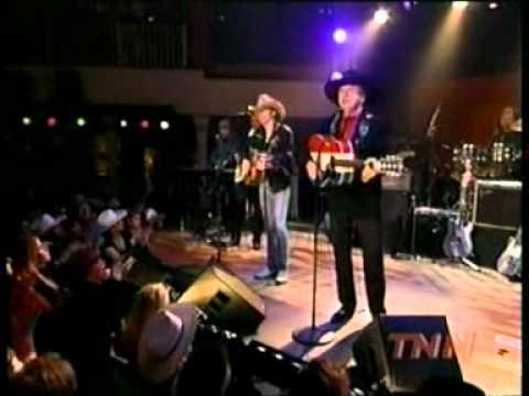Dwight Yoakam And Buck Owens - Folsom Prison Blues