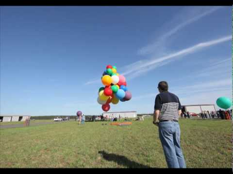 Jonathan Trappe s Guinness Record Cluster Balloon launch time lapse