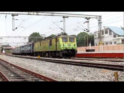 WAP7 Duronto livery with Bangalore Chennai Express meets WAP4 with Kochuveli Bangalore Express...