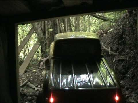 SCX-10 4x4 Crawling in the Tunnel with 1.9 Rok Lox filmed with Canon LEGRIA FS306 Axial Racing.mpg