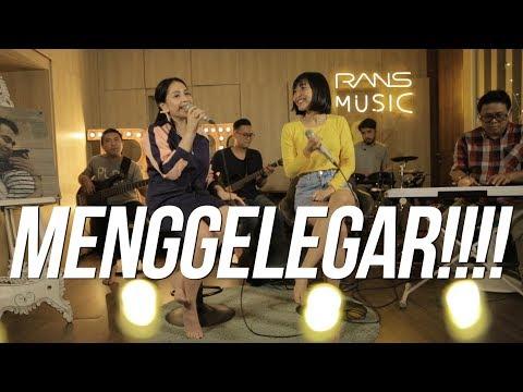 Download  SUARANYA DAHSYAT - RINNI X NAGITA Gratis, download lagu terbaru