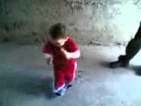 رقص طفل thumbnail