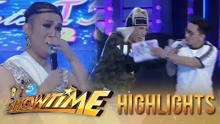 It's Showtime Miss Q and A: Vice gets surprised with Miss Q & A contestant's story about her mother