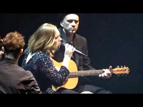 Adele - Don't You Remember - Manchester Arena - 8...
