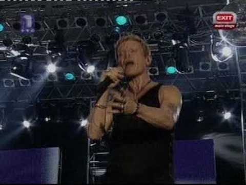 BILLY IDOL - WHITE WEDDING - THE BEST LIVE VERSION EVER!!!
