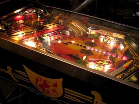 1980 Williams Black Knight pinball machine