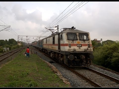 Three Breakneck Mumbai Rajdhani Expresses Hauled By Wap-7 Loco Of Three Different Sheds !!! video