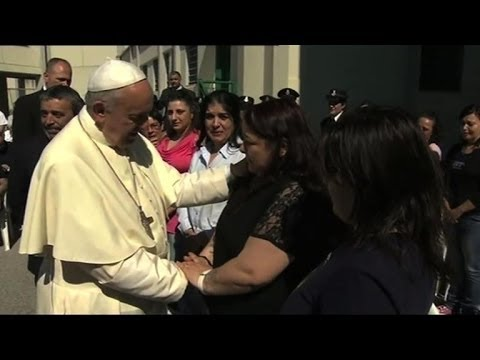 Pope visits mafia stronghold, says 'no more child victims'