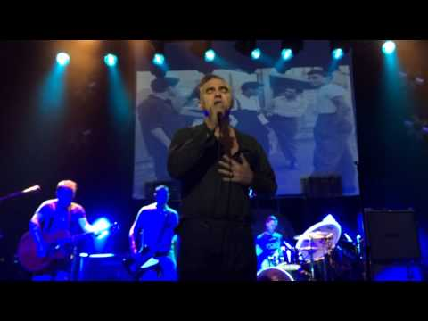 Trouble Loves Me - Morrissey - Albuquerque, NM - May, 14, 2014