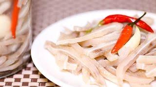 TAI HEO NGÂM DẤM - Pig Ears in Vinegar Brine