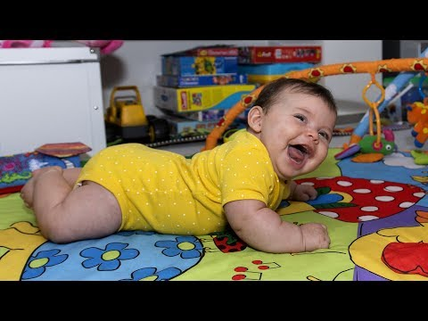 Funny Babies Laughing Hysterically Compilation (2018)