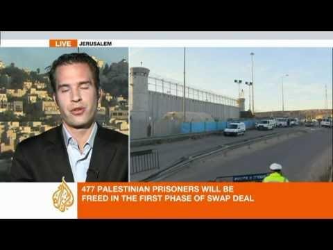Israeli-Palestinian prisoner swap underway