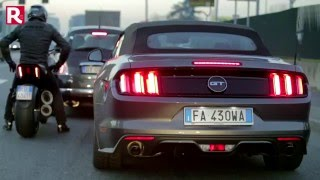 Duel Ford Mustang 5 0 Convertibile VS Ducati Diavel