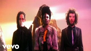 Клип Noisettes - Don't Upset The Rhythm (Go Baby Go)