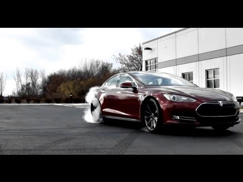 2013 Tesla model S Charging and driving