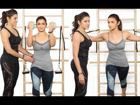 Alia Bhatt And Yasmin Hot Workout Brand Outfit